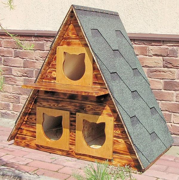 Уличный домик для кошек