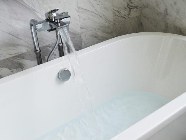 Устраняем засор в ванной самостоятельно