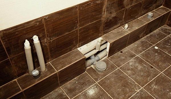 6 способов замаскировать трубы в ванной