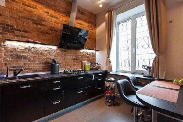 Кухня в стиле лофт в небольшой кухне