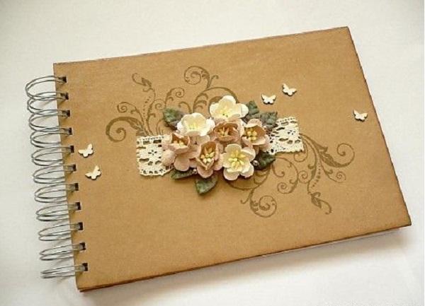 Делаем цветы из бумаги своими руками