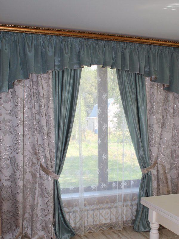 Как подобрать шторы в зал