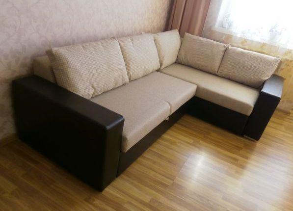 диван угловой с подлокотниками