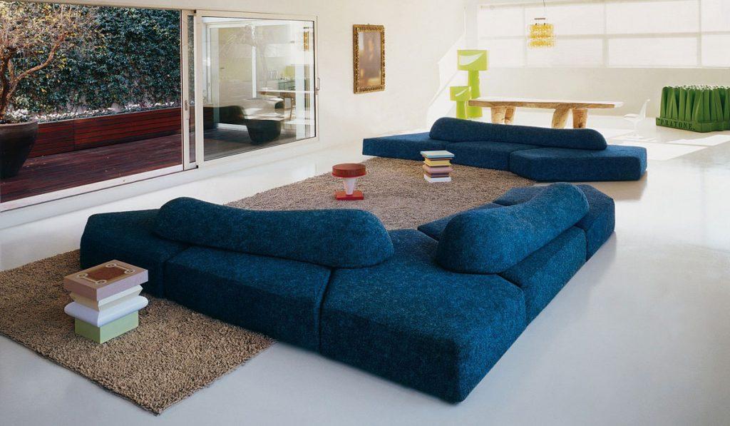 нестандартный угловой диван
