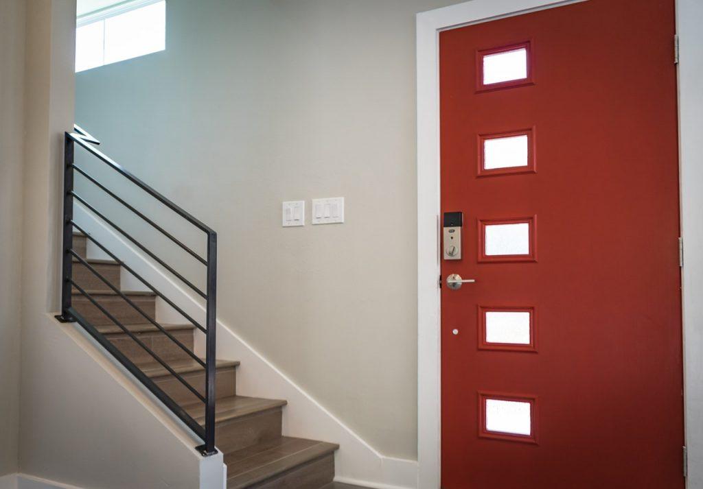 изготовление металлический дверь