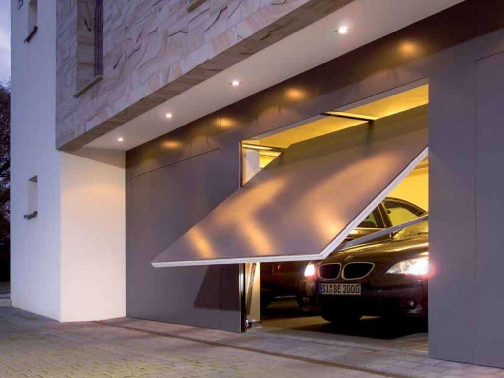 стильные подъемные ворота в гараж