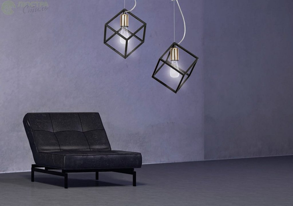 светильник потолочный с декоративной накладкой