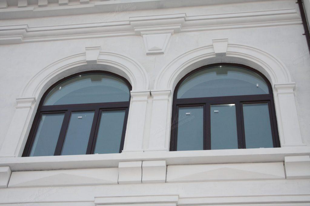 фасадный лепной декор