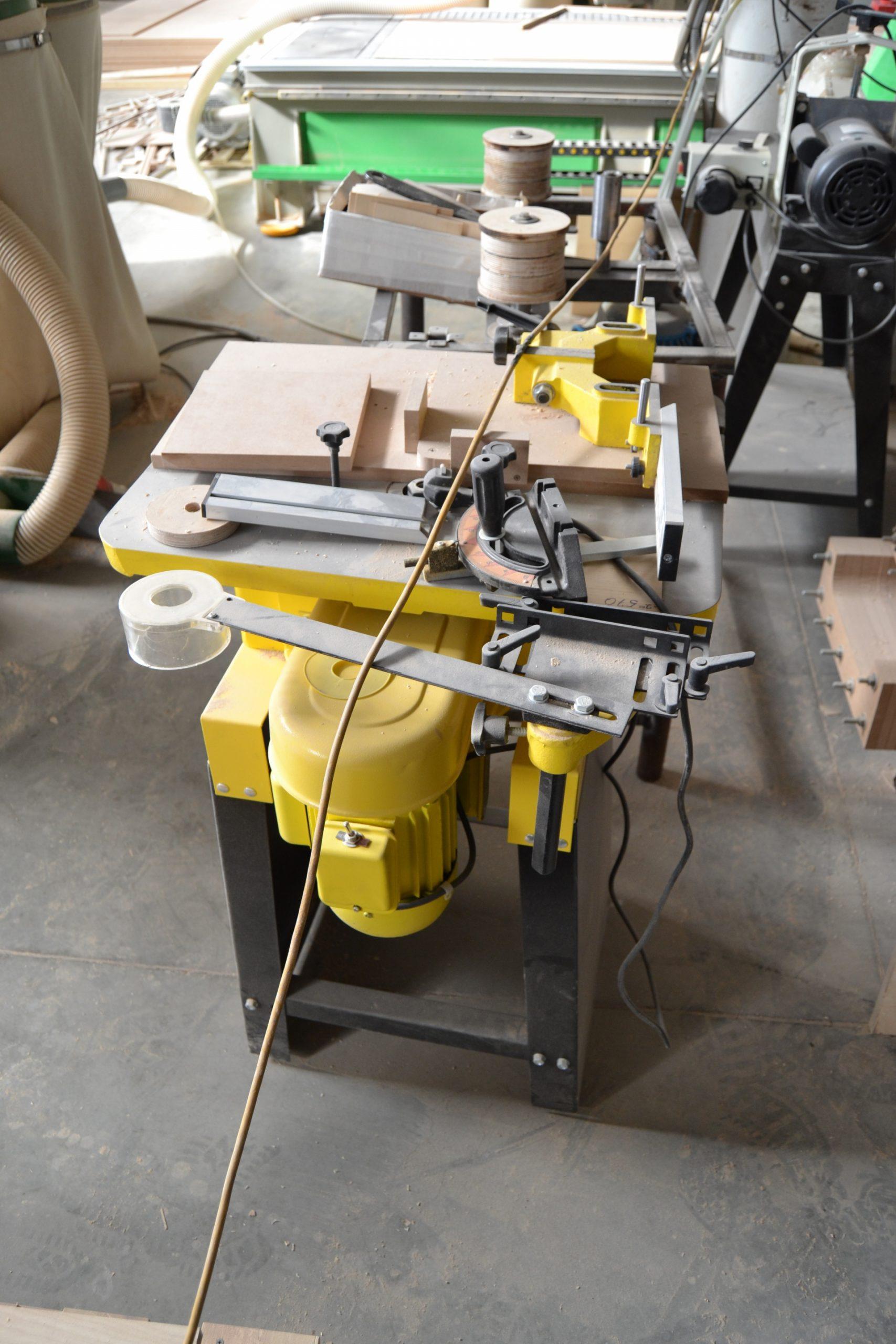 Фрезерный станок Корвет 83 электродвигатель