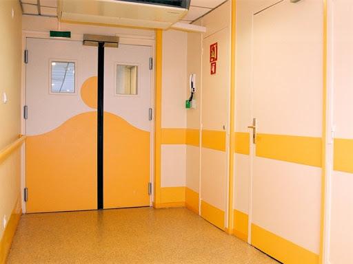 медицинские двери металлические