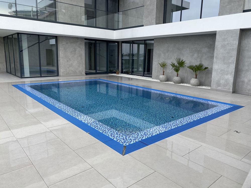 Какие преимущества имеет бассейн из нержавеющей стали