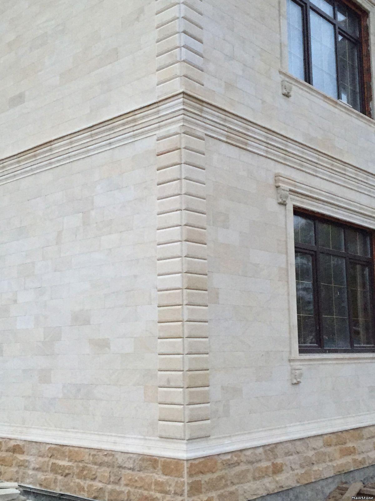 Облицовка фасада песчаником: преимущества