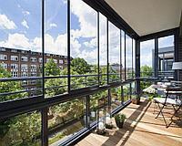 Преимущества застеклённых балконов